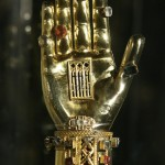 ruka s ostatkami sv. Ľudmily